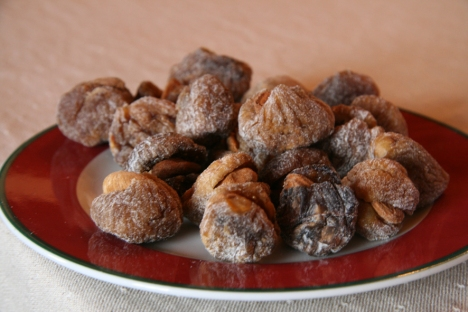 Dry figues stuffed with almonds, figues, almonds, and olive oil are another wealth of this region