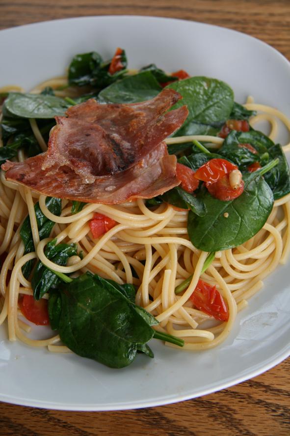 spaghetti-spinaci-prosciutt